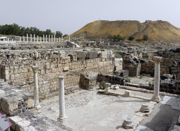 Greco-Roman ruins of Beit She'an, with the biblical-era tel in the background