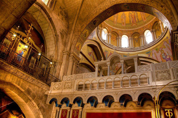 Holy Sepulchre Church, Jerusalem, photo by Noam Chen, courtesy of IMOT
