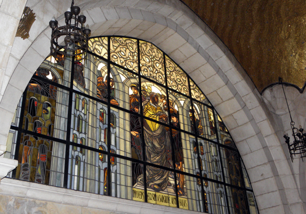 Church of the Flagellation, Jerusalem, the left altar window showing Pilate washing his hands of responsibilty for the death of Jesus