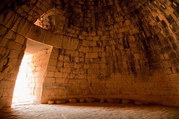 tholos or beehive tomb interior, Mycenae, Greece