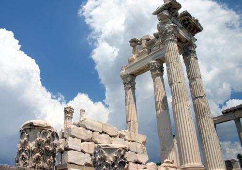 Trajaneum, Pergamum