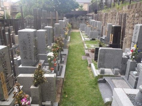 落ち着いた雰囲気の墓地