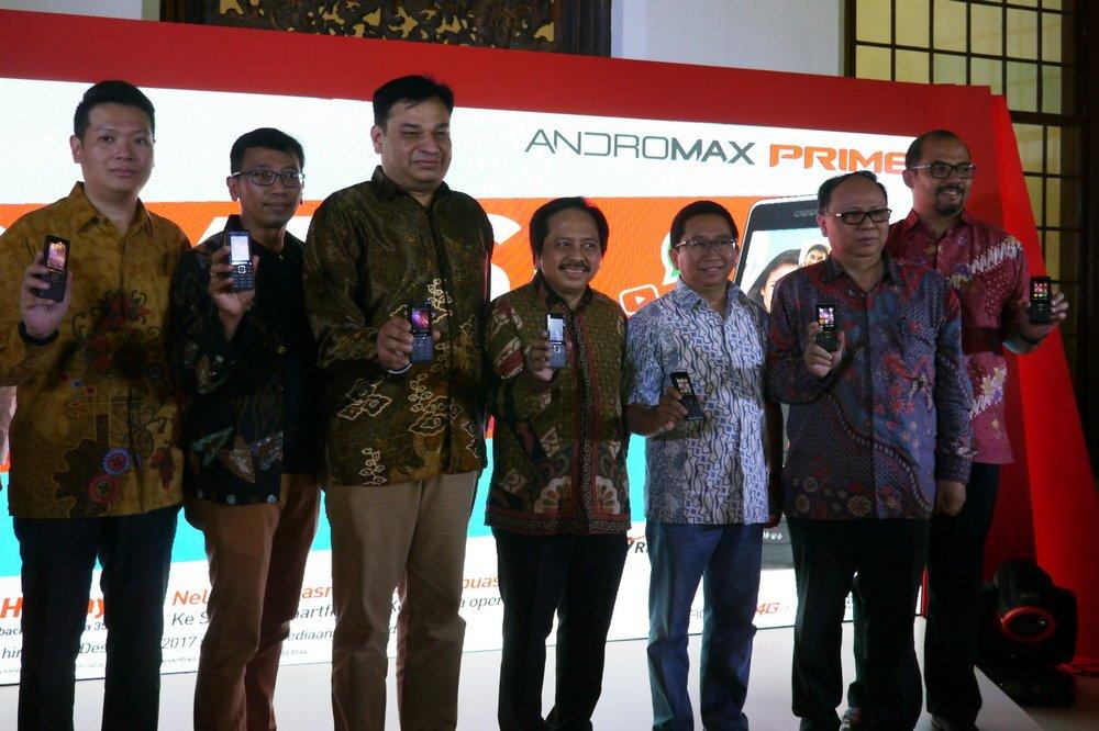 smartfren andromax prime adalah sebuah feature phone yang sudah didukung jaringan 4g lte ini artinya pengguna bisa menikmati internet berkecepatan tinggi