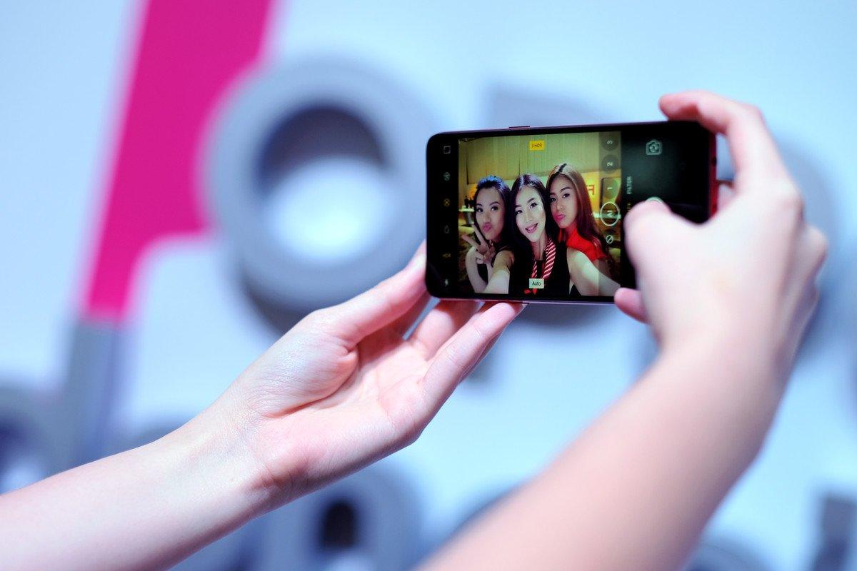 oppo f7 selfie 3 hdr