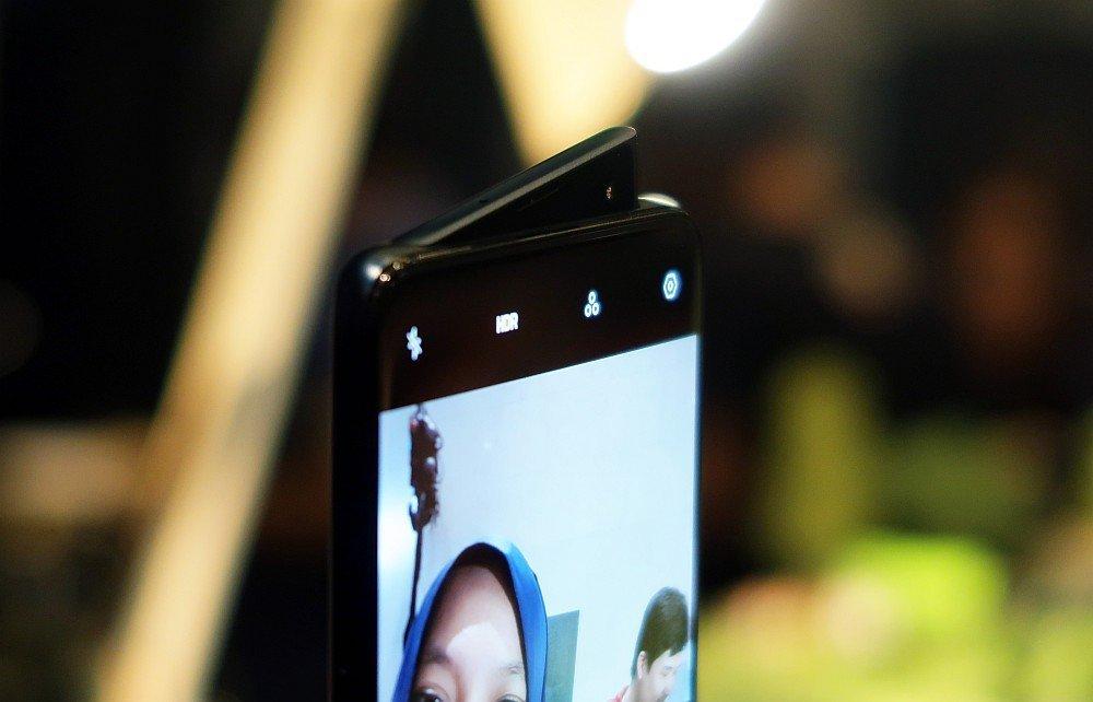 Hands-On] Mencoba Kecanggihan Kamera OPPO Reno 10x Zoom - 10 May ...