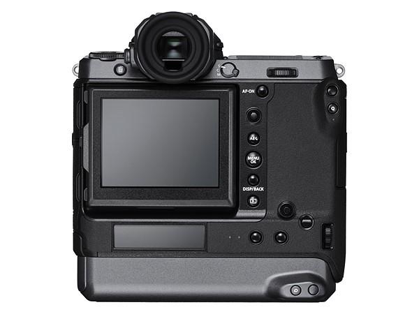 Fujifilm GFX100: Mirrorless Medium Format Revolusioner dengan Sensor 102 Megapixel 3