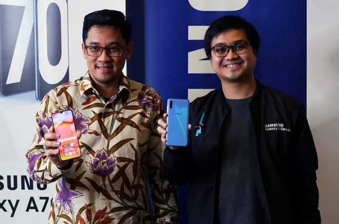 Hadir di Indonesia, Samsung Galaxy A70 Dijual dengan Harga 5,8 Juta Rupiah 1