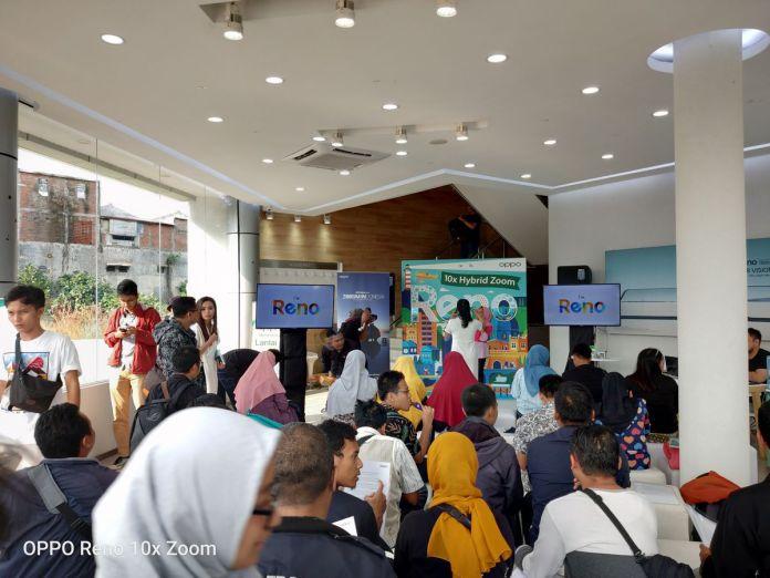 "OPPO Sukses Gelar ""Reno 10x Zoom: ZOOM-INDONESIA, 10x Wonderful Journey"" di Kota Malang 3"