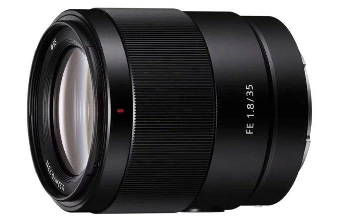 Sony FE 35mm F/1.8: Lensa 35mm Sony yang Paling Ringan dan Terjangkau 1