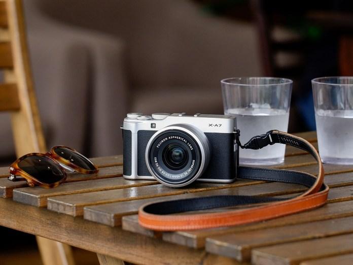 Fujifilm X-A7: Mirrorless Pertama Fujifilm dengan Layar Sentuh yang Bisa Dilipat dan Diputar 1