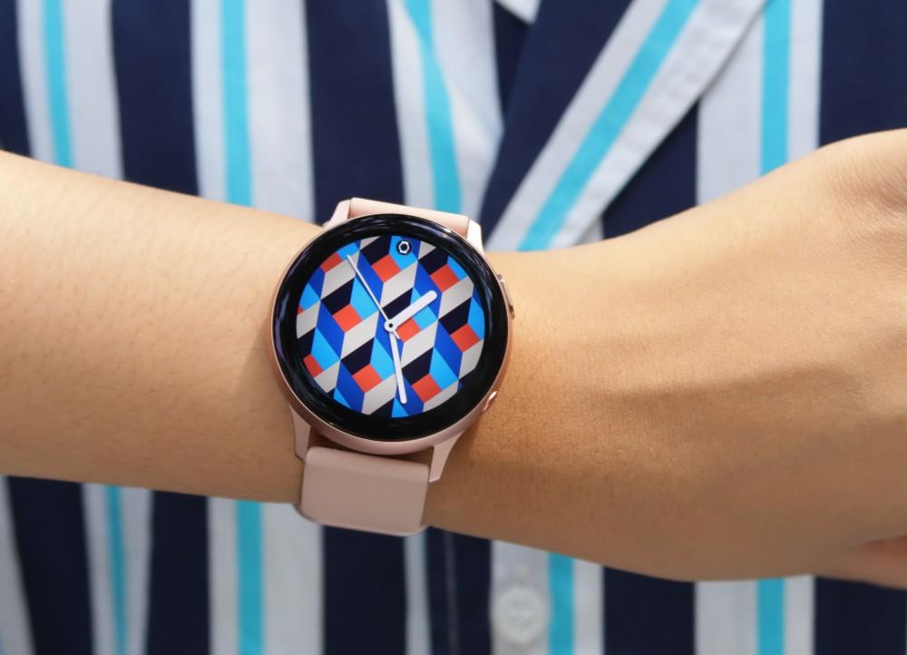 Galaxy Watch Active2 watch face