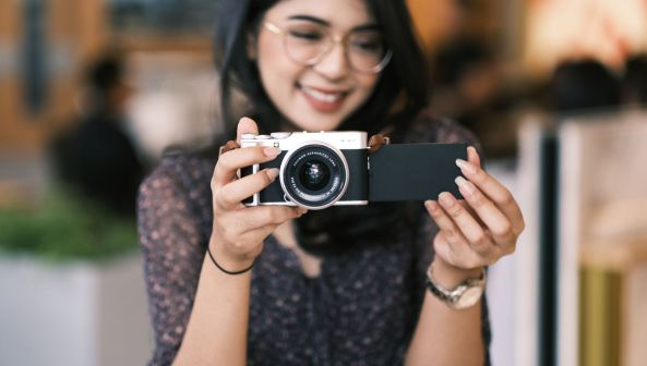 Fujifilm X-A7 layar lipat 1