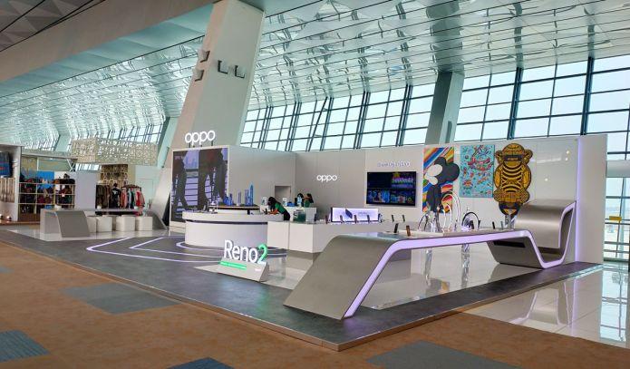 OPPO Resmikan Toko Pertamanya di Terminal 3 Bandara Internasional Soekarno Hatta