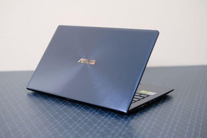 Review ASUS ZenBook 13 (UX334): Laptop Tangguh yang Tipis dan Ringan dengan Dua Layar