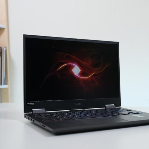 Omen Laptop 15 en0013AX 1