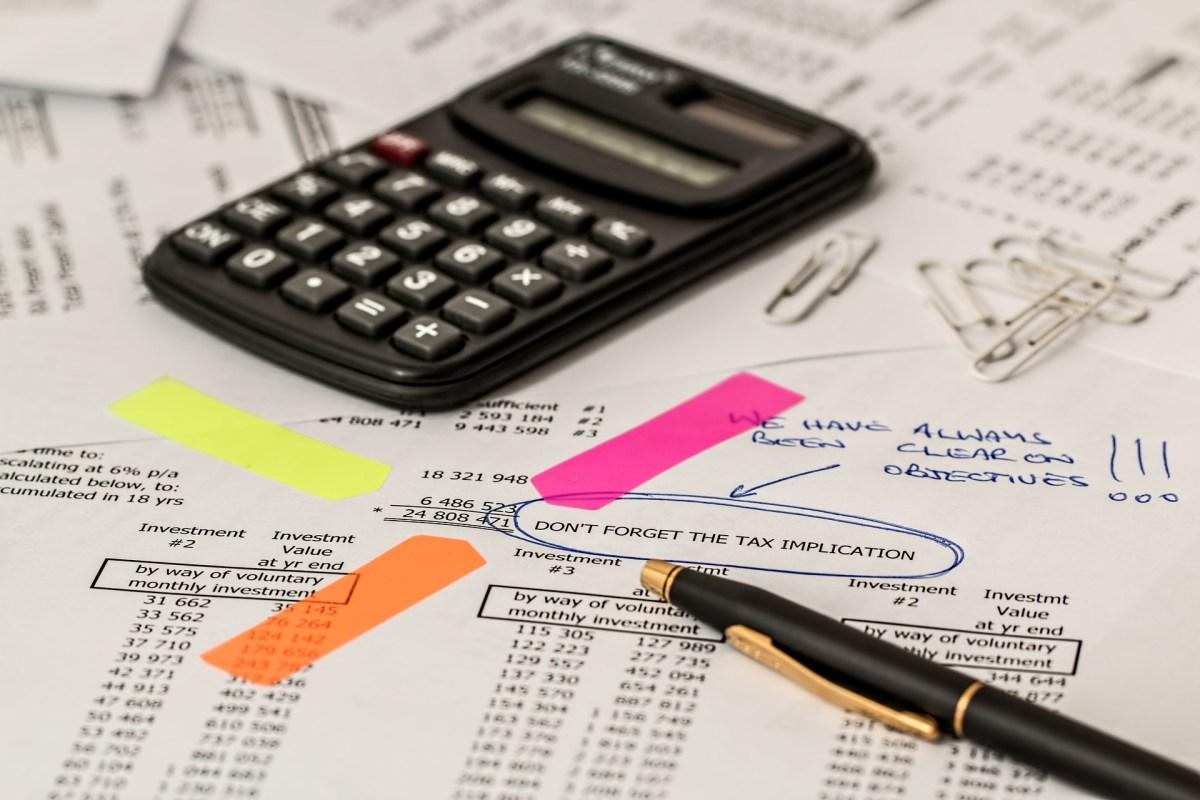 illustration of managing finance