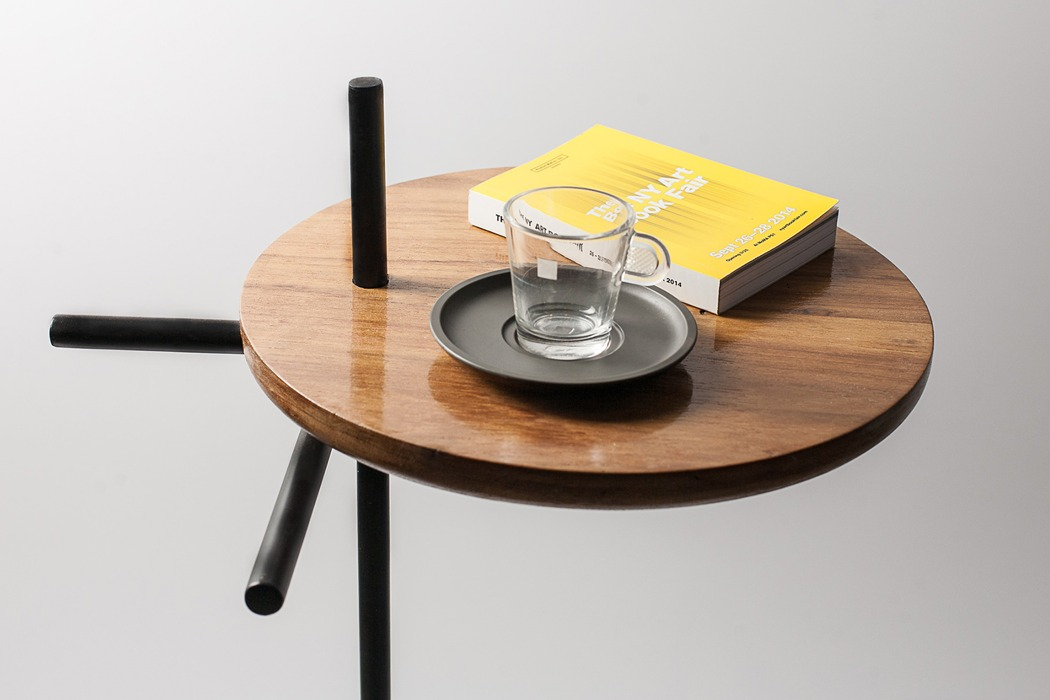axes_side_table_02