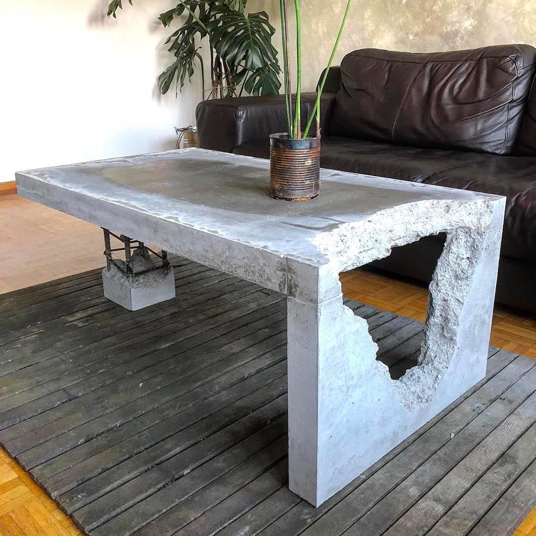 coffee_table_by_adorTable