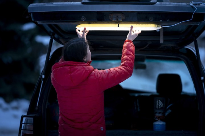 This inflatable camping light goes from a lantern to a tube light to get  you outdoor ready! | Yanko Design