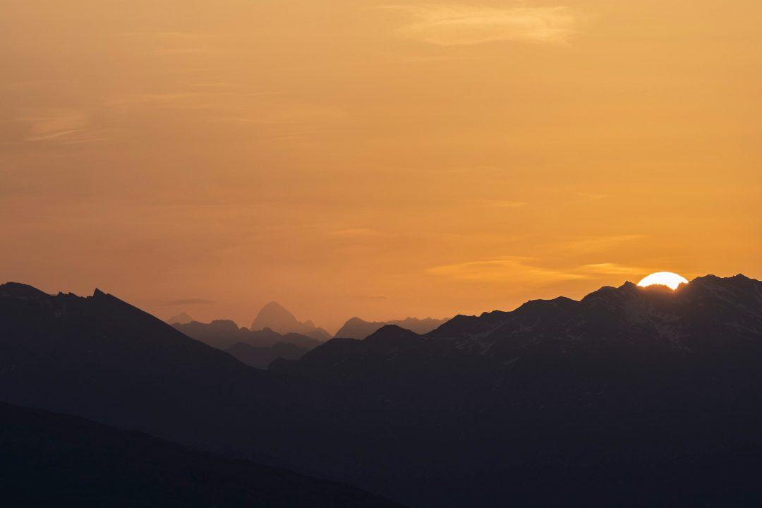 Lever de soleil sur les 4000m