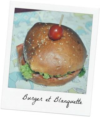 Le burger à l'emporter de chez Burger & Blanquette, restaurant à Montpellier
