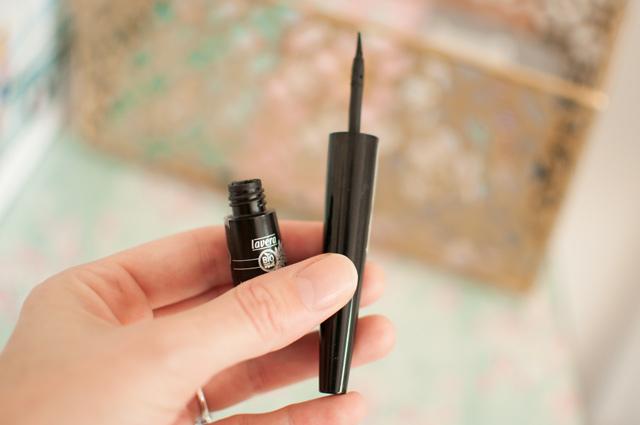 Blog beauté: avis sur l'eyeliner bio de Lavera