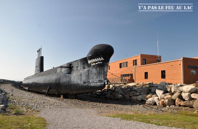 Le sous-marin de la La Pointe au Père - Yapaslefeuaulac.ch