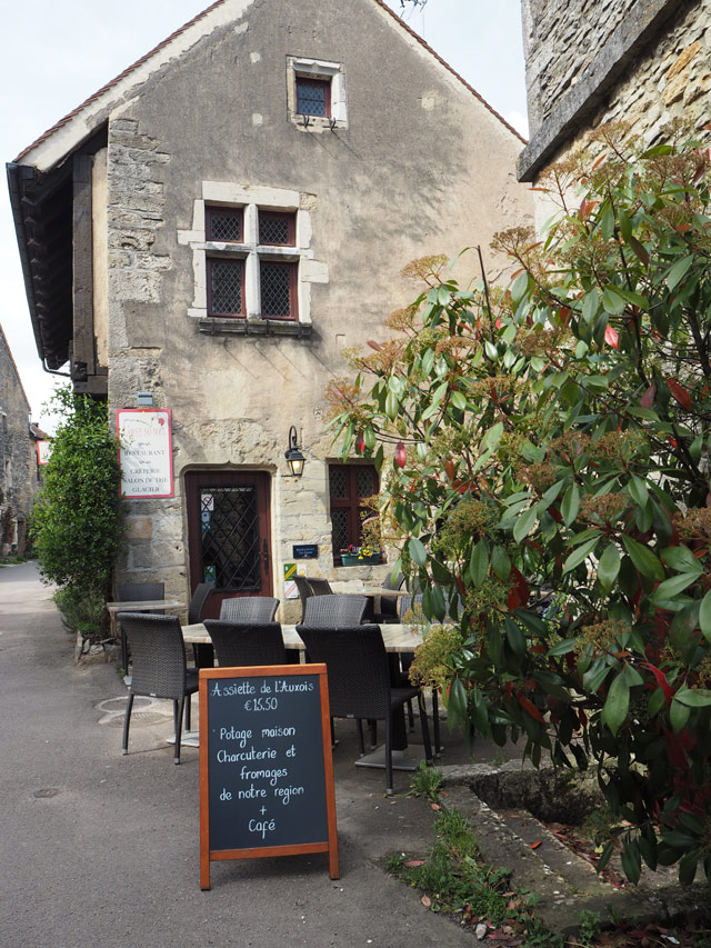 Adresse: L'orée des Bois à Châteauneuf
