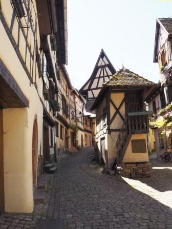 Les plus beaux villages à colombages en Alsace? Eguisheim est mon favori!