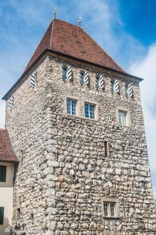 Une tour en pierres à Aarau