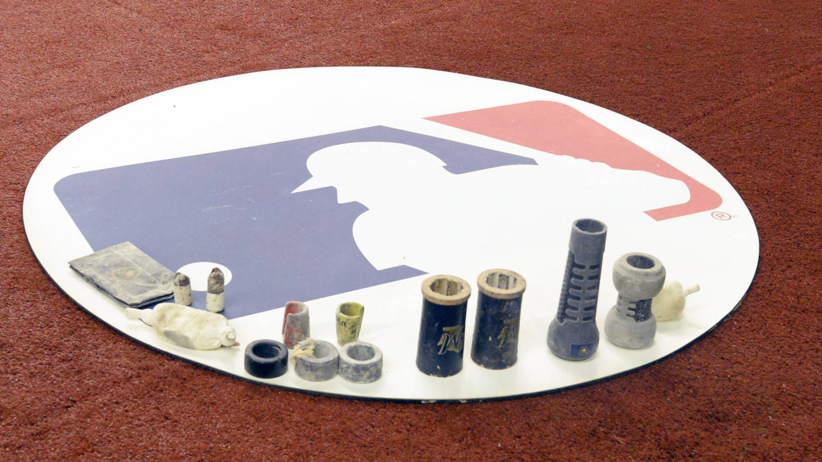 Photo of Will MLB offer players prorated wages for a shorter season?