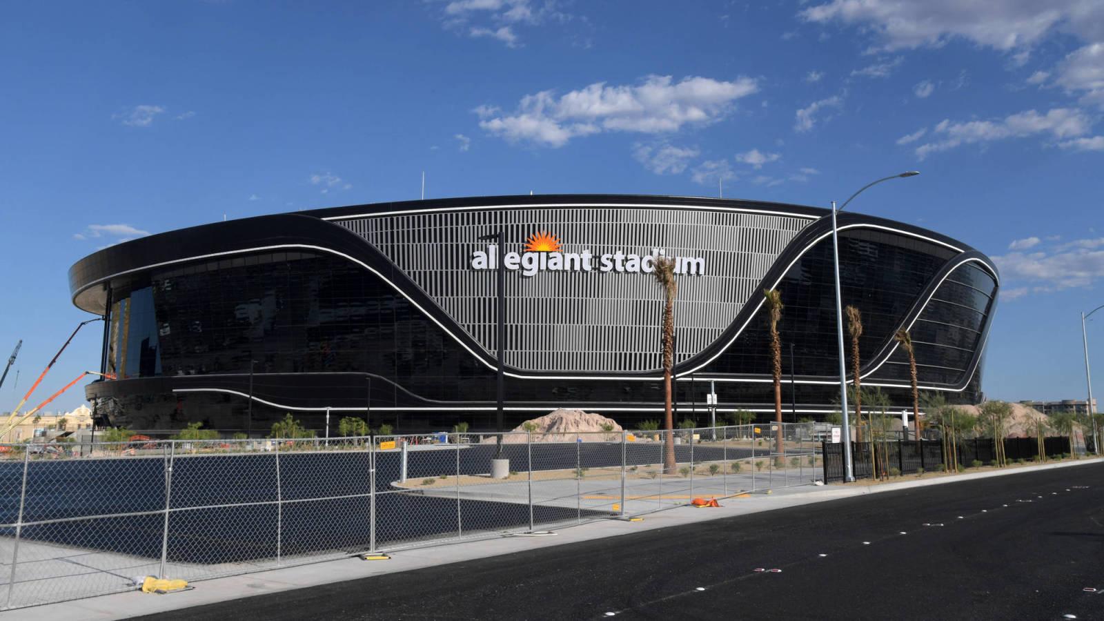 Photo of Raiders' Allegiant Stadium releases video of construction progress