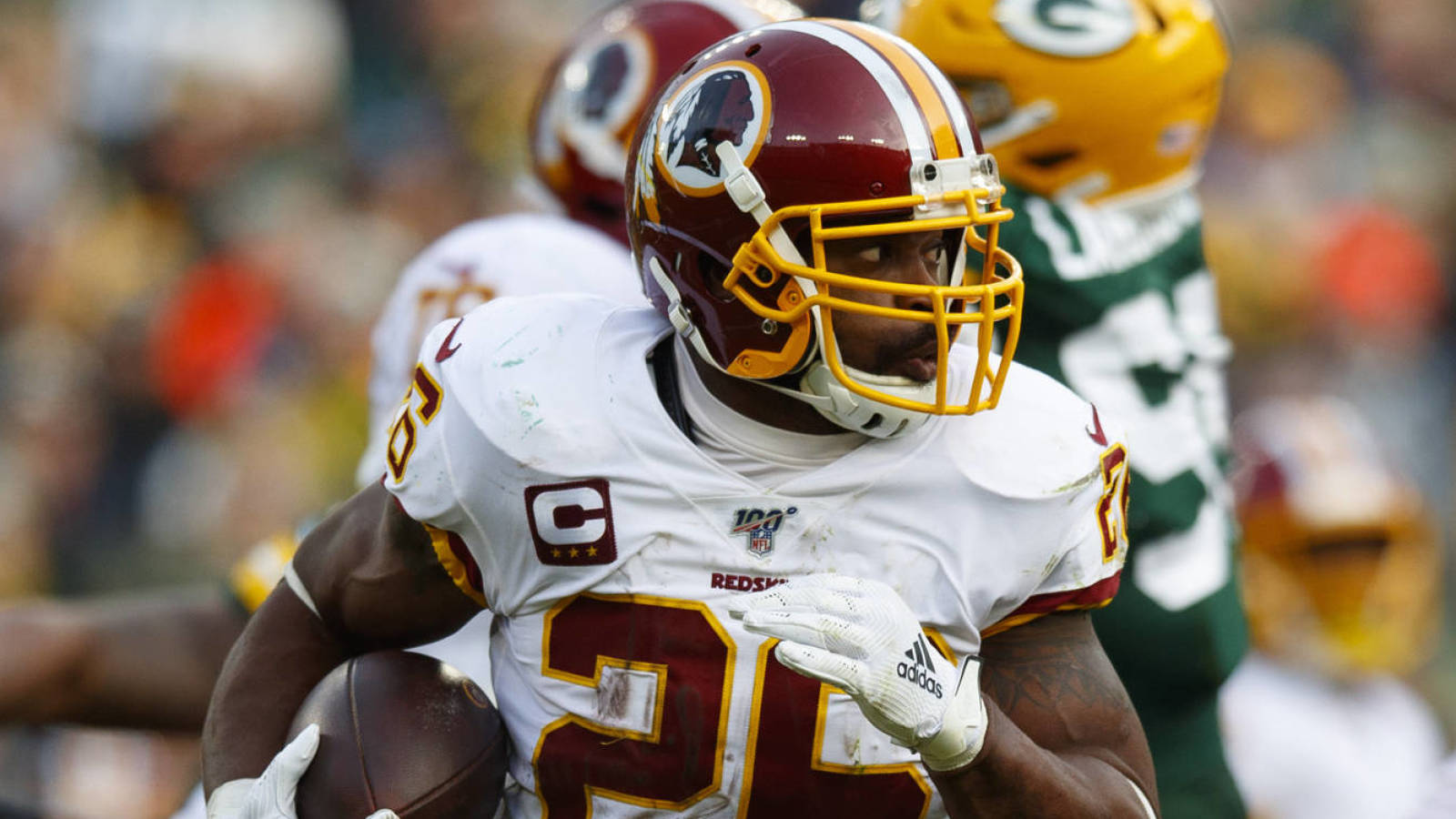 Photo of Adrian Peterson thinks NFL groups ought to worth RBs as a lot as QBs