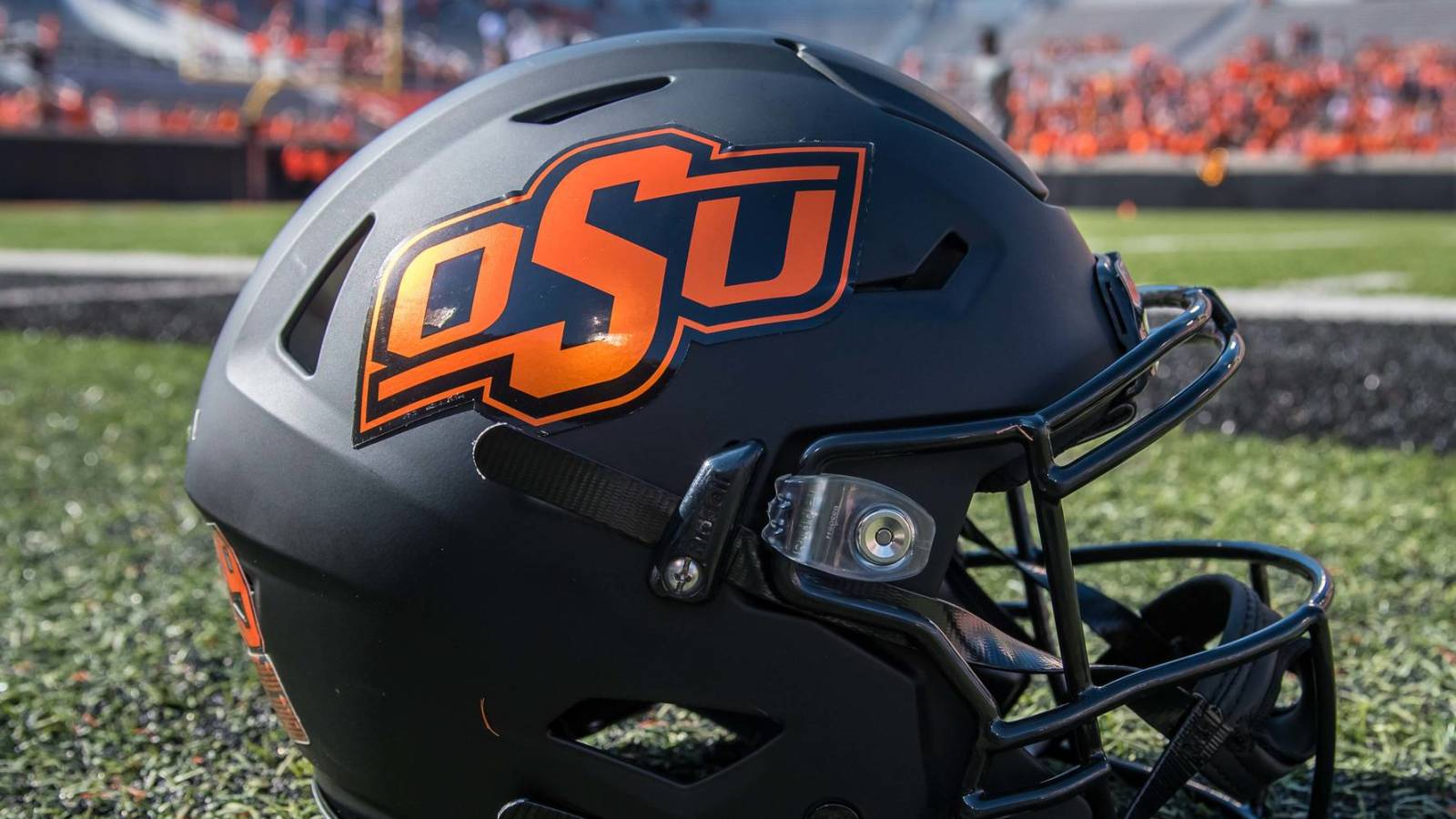 Photo of Report: Five Oklahoma State Players Test Positive for Coronavirus
