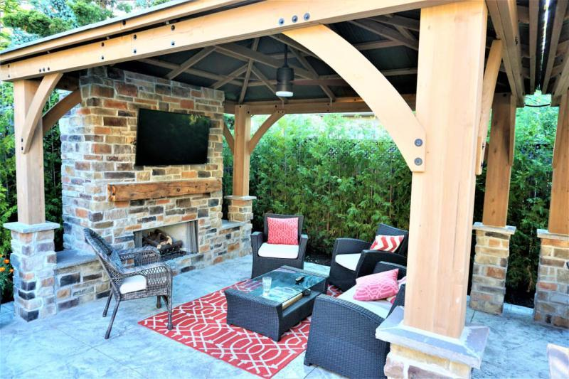 check out these 11 outdoor tv setups