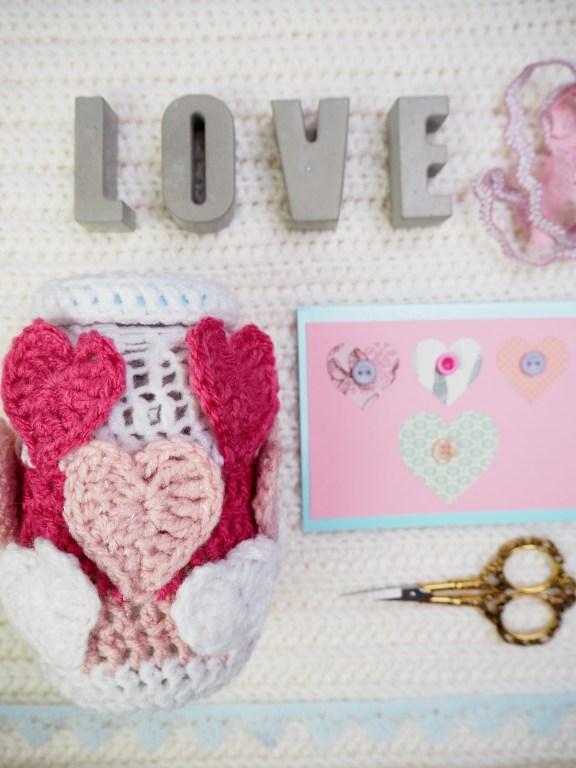 Valentinstag, häkeln, Love, Herz, umhäkeltes Glas, ein Herz für Blogger