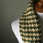 Houndstooth Infinity Scarf with FREE Pattern! – Yarn Hook Needles