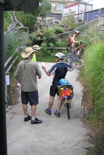 Photo from YarraBUG's Gipps Street Steps Campaign held March 20th, 2005 during Bike Path Discovery Day.