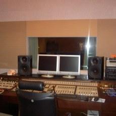 錄音室器材