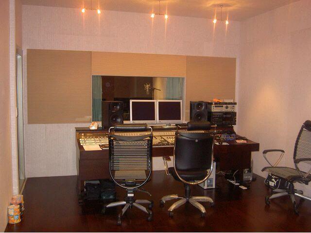 唱片公司裝潢-錄音室設備