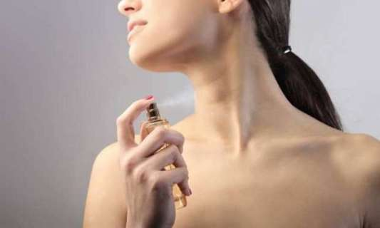 parfüm cilt lekesi