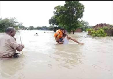 Flood In Rudki : रुड़की में बाढ़: बाणगंगा ने तोड़ा तटबंध, तेज बहाव में फंसे 57 लोगों को बचाया, 12 हजार बीघा कृषि भूमि जलमग्न