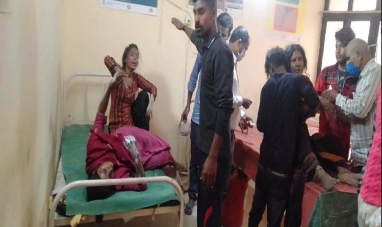 कुशीनगर में अवैध पटाखा फैक्टरी में विस्फोट, चार लोगों की मौत