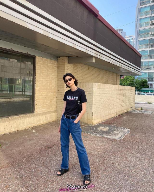 HoYeon Jung Boy Kilo Yaş