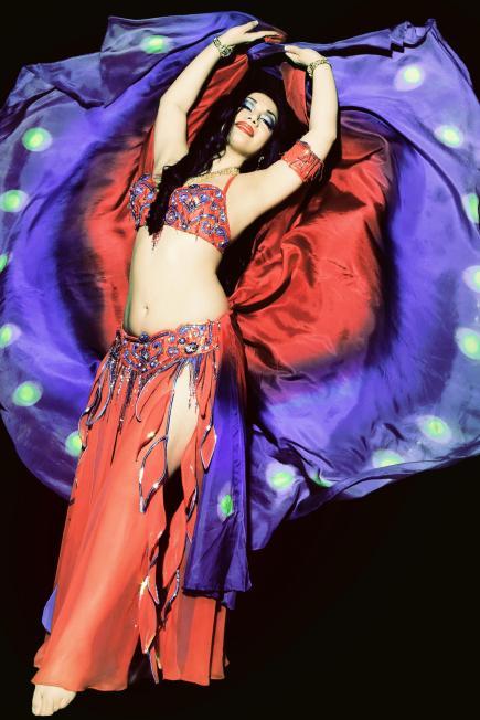 Belly Dancer Yasmine