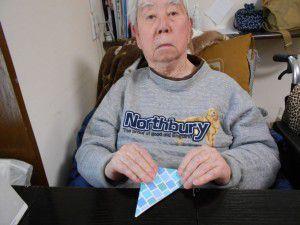 20150321利用者の皆様と折り鶴を作ってみました!2