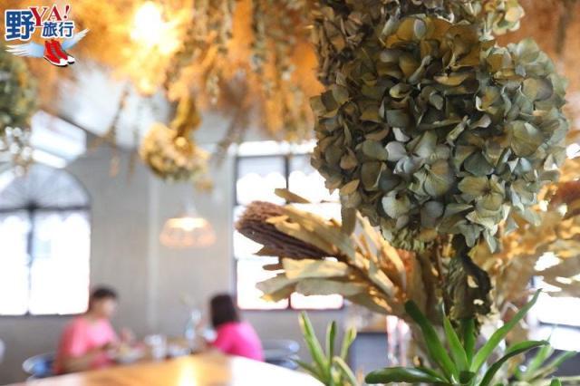 乾燥花材浪漫空間,充滿少女情懷的奇幻地咖啡 @YA !野旅行-吃喝玩樂全都錄