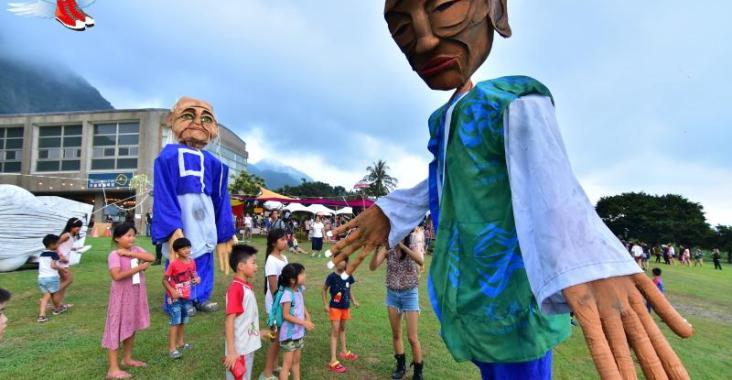 台灣|台東 全台獨一無二月光‧海音樂會 驚艷7場次2.5萬人共享盛宴! @YA !野旅行-玩樂全世界