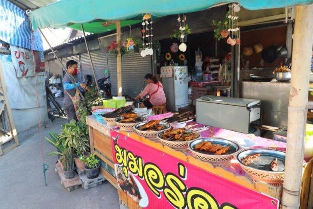 泰國|芭達雅 逛傳統市集品嘗在地小吃 泰國小漁村裡的迷人風光 @YA !野旅行-吃喝玩樂全都錄