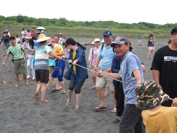 龜蛇把海口戶外瑜珈 傳遞慢活新主張! 2019壯圍沙丘慢活節 @YA !野旅行-吃喝玩樂全都錄